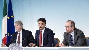 """L'UE approva la legge sulle pensioni, Poletti: """"Cambieremo tutto"""""""