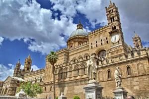 Palermo apre le porte della cattedrale ai migranti, otto parrocchie hanno già dato disponibilità
