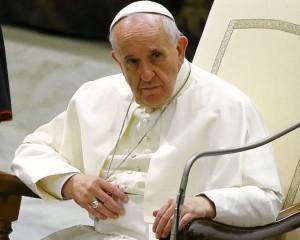 """L'appello di Papa Francesco: """"L'Europa accolga i migranti. Lo chiede anche la Bibbia"""""""