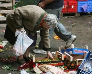 Rapporto Oxfam, un quarto degli europei a rischio povertà. 342 sono invece i miliardari