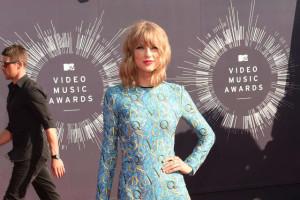 MTV EMA 2015: Tylor Swift è la regina indiscussa con 9 nomination, Justin Bieber l'uomo da battere