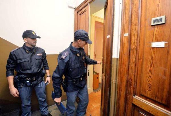 Torino, pensionato 70enne trovato con la testa fracassata nel suo appartamento
