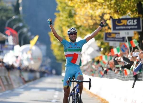 Vincenzo Nibali trionfa al Giro di Lombardia, dopo sette anni rivince un italiano