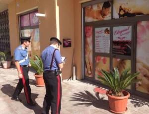 Albano Laziale, giro di prostituzione in un centro massaggi: arrestati 4 cinesi e un'estetista