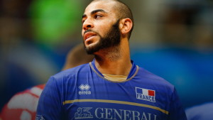 Investe tre persone e fugge, poi la confessione: è stato un campione europeo di Volley