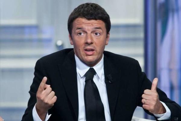 """Attentati Parigi, Renzi: """"No a leggi speciali ma più soldi per la sicurezza"""""""