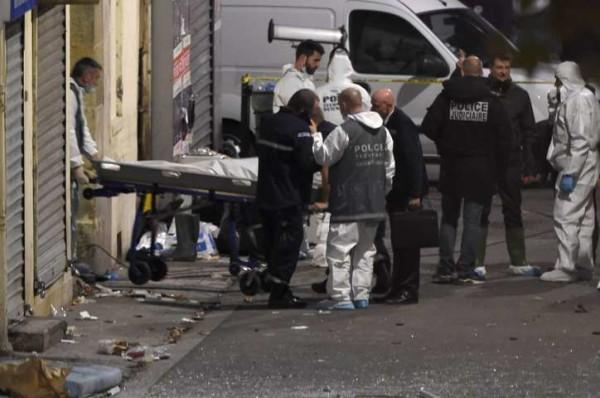 Parigi, blitz di Saint-Denis: sette arresti e tre morti, tra cui la cugina kamikaze di Abaaoud