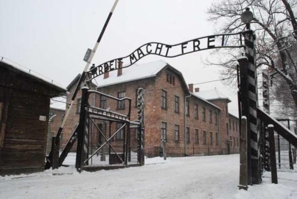 A processo sergente delle SS oggi 93enne: è accusato della morte di 170mila prigionieri