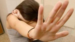 Trieste, drogava e stuprava la nipote di 16 anni: arrestato marocchino 33enne