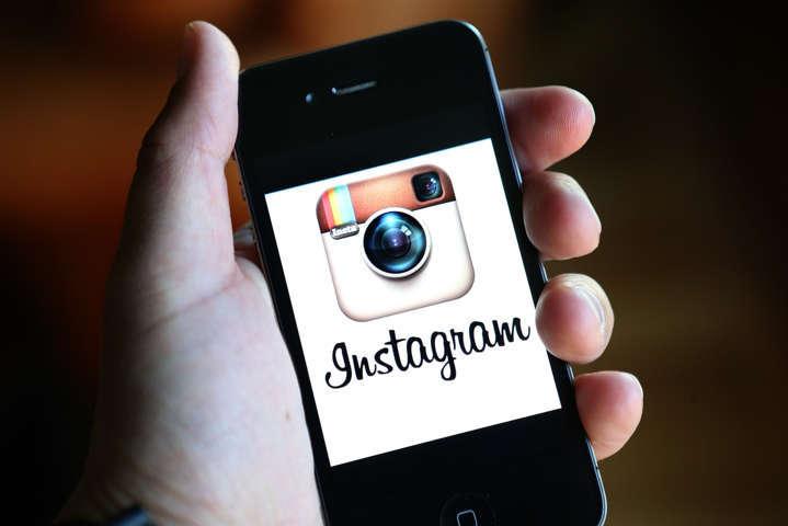 Social Network: Facebook in calo, Instagram presto in vetta alla classifica