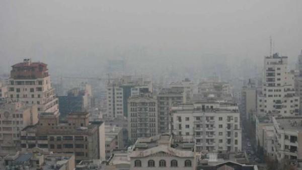 Teheran, statistica allarmante sulla mortalità: tutta colpa dello smog