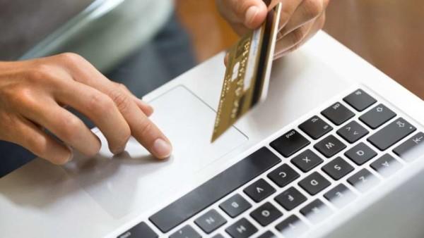 Dati bancari rubati tramite una mail truffa molto credibile, in molti ci sono già cascati