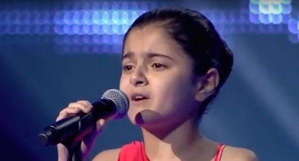 """Fugge dall'Isis e canta a """"The Voice Kids"""": bimba irachena incanta il web"""