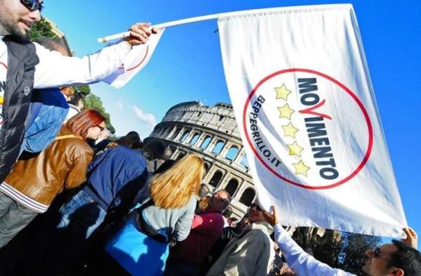 """Roma, M5S: stop ai video 'fai da te'. Di Battista: """"Sfida sia, ma con buon senso"""""""