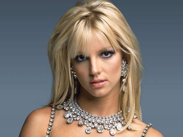 """Britney Spears è alla ricerca di un nuovo amore: """"Ma lo voglio sexy e superdotato"""""""