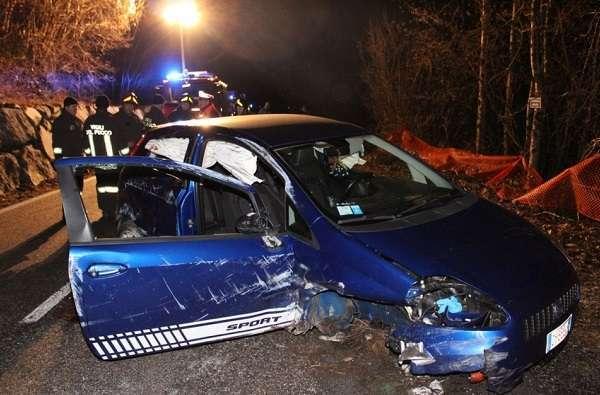 Udine, 16enne muore in un incidente stradale: padre infermiere tra i soccorritori
