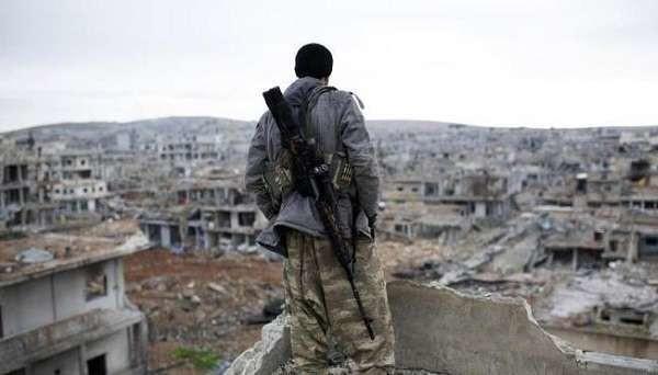 Libia, cecchino misterioso fa tremare l'Isis: in soli 10 giorni uccisi tre leader