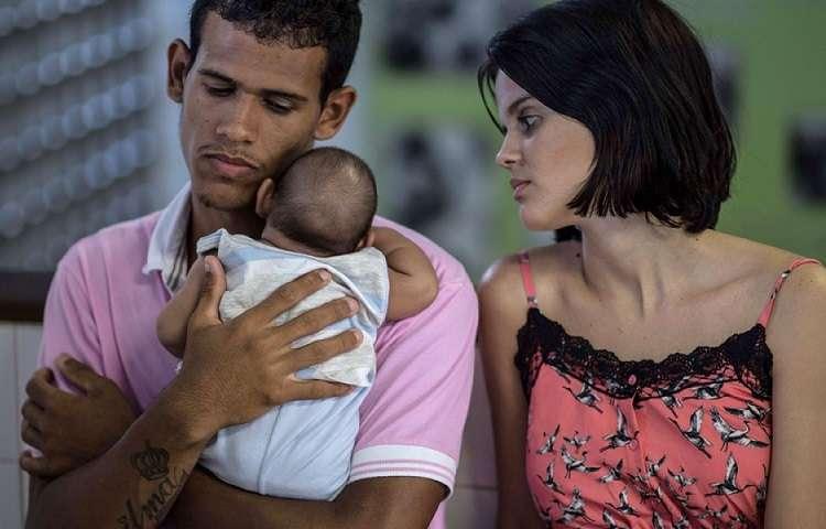 Virus Zika dilaga in Brasile: allarme per le donne incinte e allerta per i viaggiatori italiani