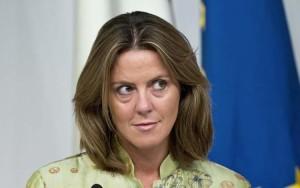 """Utero in affitto, ministro Lorenzin: """"Sanzioni penali e adozione vietata per chi lo usa"""""""