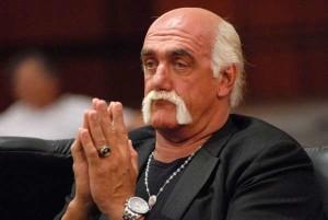 Hulk Hogan risarcito: fu ripreso di nascosto mentre amoreggiava con la moglie di un amico