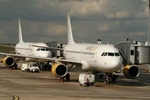Roma-Fiumicino: fermo volo Vueling per Parigi causa sciopero, passeggeri inferociti