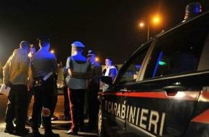 Salerno: sottufficiale dei carabinieri dopo una lite uccide il padre in autostrada e fugge