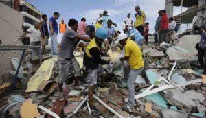 Terremoto in Ecuador, scossa di magnitudo 7.8: sale a 233 il numero dei morti