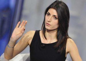 """Amministrative Roma, Virginia Raggi (M5S): """"Stanno cercando di trovarmi il pelo nell'uovo"""""""