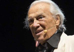 Addio a Giorgio Albertazzi: se ne va un grande attore controcorrente e inclassificabile