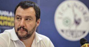 """Elezioni Roma, Salvini: """"Se ballottaggio tra Pd e M5S voterò sicuramente per la Raggi"""""""