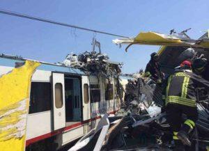 Scontro fra treni in Puglia: è di 23 il bilancio delle vittime, 52 i feriti