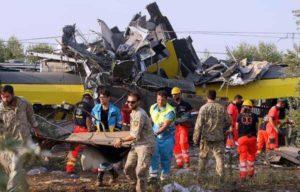 Scontro fra treni in Puglia: due capistazione iscritti nel registro degli indagati