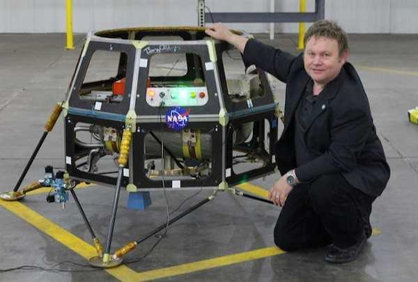 Moon Express: un'agenzia spaziale privata ha messo a punto un robot per la Luna