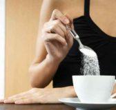 Usa, studi nascosti per 50 anni: scienziati pagati per mentire su pericolosità dello zucchero