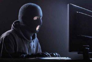 """Cyber-spionaggio, Avv. Genchi: """"Governo spende botto di soldi ma non garantisce sicurezza"""""""