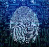 """Team di scienziati: """"Non mostrate le vostre impronte digitali sui social, si possono rubare"""""""