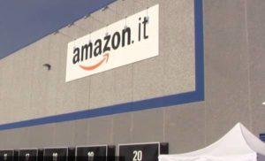 Amazon apre nuove sedi in Italia e assume anche senza esperienza: ecco come candidarsi