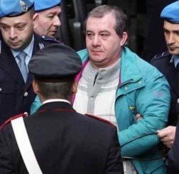 Strage di Erba, il 5 aprile una nuova udienza: si riapre il caso, all'analisi nuovi reperti
