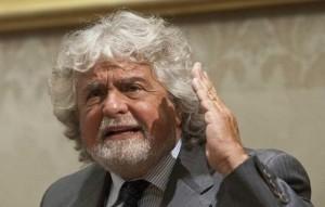 """#Bindifuoriinomi: Grillo invita a fare i nomi degli """"impresentabili"""""""
