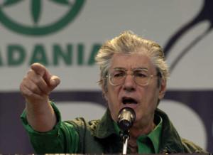 Bergamo: Umberto Bossi condannato a 18 mesi per vilipendio a Napolitano