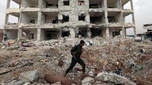 Siria, il pianto di un giovane kamikaze prima di farsi esplodere