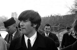 Il John Lennon che non ti aspetti, il video choc in cui prende in giro i disabili indigna il web