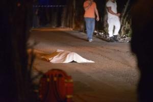 Ennesimo agguato a Napoli, ucciso 26enne mentre viaggiava in moto