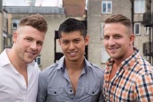 """Canada, terzetto gay sogna di mettere su famiglia: """"Ci amiamo e vogliamo tre figli"""""""
