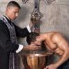 Amores Santos, ecco il documentario che ha smascherato 150 preti gay