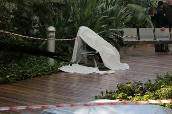 Dramma a Mestre, anziano uccide la moglie e poi si spara davanti all'ospedale