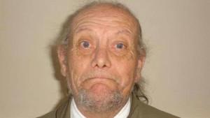 Regno Unito, pedofilo seviziato e ucciso dai vicini: emersi dettagli shock nel processo