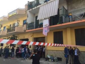Napoli, 75enne trovata morta in casa. Era legata e imbavagliata