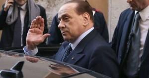"""Processo escort, pm Bari: """"Tarantini reclutava ragazze per 'corteggiare' Silvio"""""""