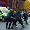 Svezia, 21enne mascherato e armato di spada fa irruzione in una scuola: tre morti